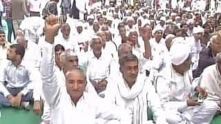 Jat quota agitation reaches Delhi, protesters at Jantar Mantar threaten to choke essential supplies to the city