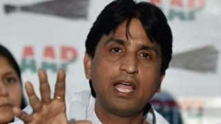 Fresh AAP crisis: Arvind Kejriwal camp miffed with Kumar Vishwas for 'going soft' on Rajasthan CM Vasundhara Raje