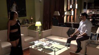 एक्ट्रेस निया शर्मा का नया बोल्ड सांग हो रहा है जमकर वायरल (वीडियो)