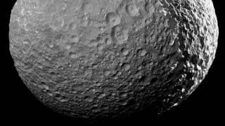 NASA Scientists Map Water on Moon's Surface With Help of Chandrayaan-1