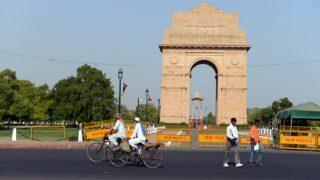 दिल्ली वालों के छूटे पसीने, आज साल की सबसे गर्म सुबह