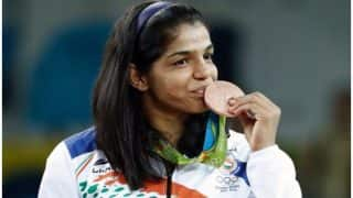 Sakshi Malik, Dipa Karmakar among sportstars conferred with Padma Shri awards