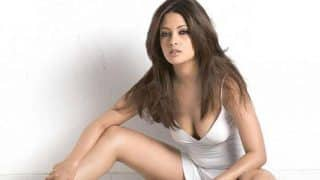 Ragini MMS Returns Star Riya Sen Now A Certified Yoga Trainer?