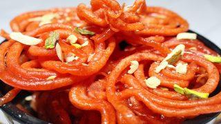 Traditional Holi Sweets Recipes: How to make gulgule or meethe pakode and jalebis for Holi 2017