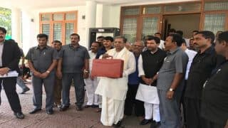 Karnataka Budget 2017: Rs 100 crore for Namma canteen, VAT on liquor lifted; Highlights