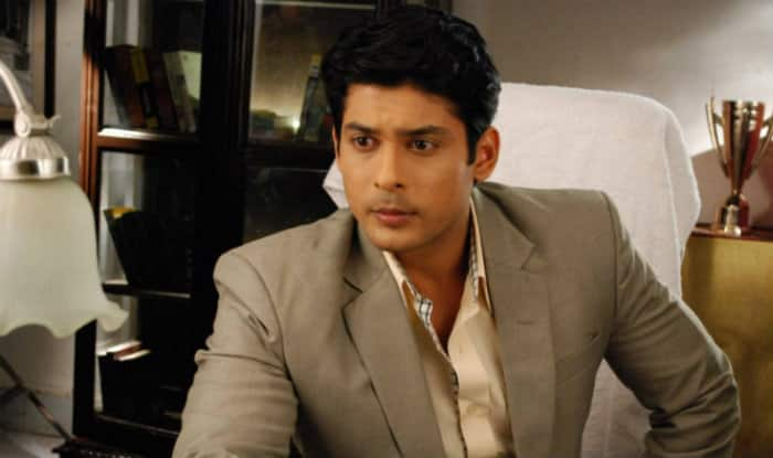 TV actor Sidharth Shukla involved in car crash