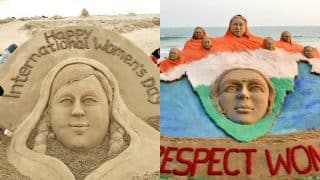 International Women's Day 2017: Sudarsan Pattnaik pays tribute to womanhood at Bahrain beach and also urges everyone to respect women