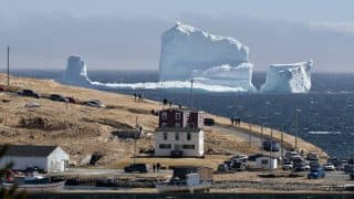 Huge iceberg floats to Canadian coast, becomes tourist attraction in no time (See Pictures)