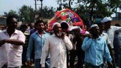 मुस्लिम बांधवांनी एकत्र येऊन केले हिंदू तरूणावर अंत्यसंस्कार