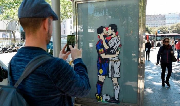 Image result for el-clasico-ronaldo messi kissing image graffiti