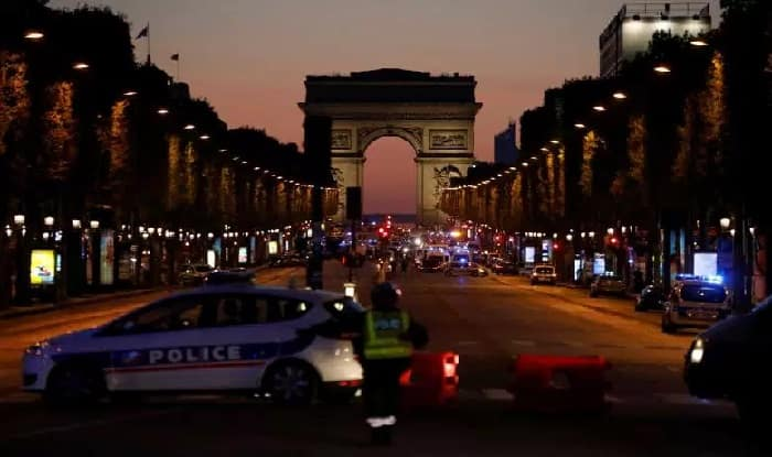Heavy police force deployed in central Paris (getty)