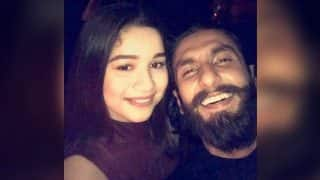 Sachin Tendulkar's daughter Sara Tendulkar poses for selfie with Ranveer Singh! See Picture
