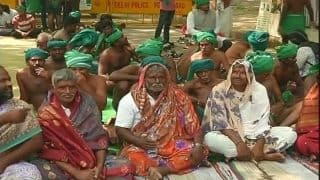 Tamil Nadu farmers take to saree protest after nude protest