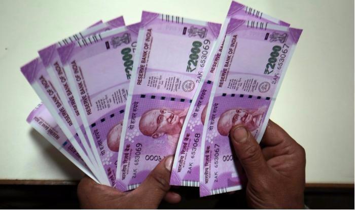 तय नहीं है किसकी होगी अलगी सरकार, इस कारण गर्त में जा सकता है रुपयाः रिपोर्ट