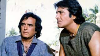 United by death: Bollywood lost two of it's most handsome actors Vinod Khanna and Feroz Khan on the same day