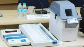 Lok Sabha Elections 2019: Supreme Court Seeks Response From Centre, Election Commission on Tallying of VVPAT