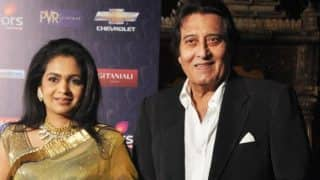 Vinod Khanna's wife Kavita Khanna asks media to stop posting actor's frailing pictures; Says 'Please don't bother him'