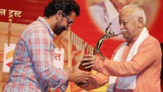Aamir Khan accepts award from RSS chief, here's how Twitter reacted