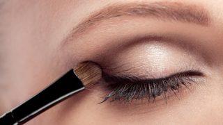 Eyeshadow Tips: आईशैडो लगाते समय इन टिप्स को करें फॉलो, हर कोई हो जाएगा आपकी आंखों का दीवाना