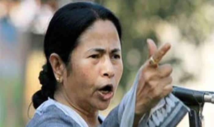 Mamata defends Ministers red beacon
