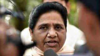 Mayawati Dares BJP to Conduct Lok Sabha Elections 2019 Using Ballot Paper as Party Registers Thumping Victory in Uttar Pradesh Local Elections 2017