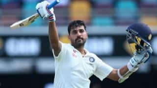 Murali Vijay says he played against Australia with fractured wrist