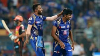 IPL 2017: Watch Hardik Pandya suffer a nasty fall while bowling during Mumbai Indians vs Sunrisers Hyderabad match