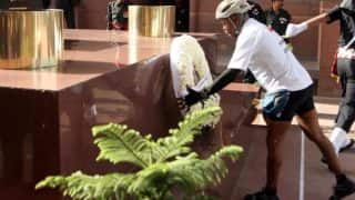 12 हजार किमी. की साइकिल यात्रा कर अमर जवान ज्योति पहुंचे मेजर जनरल सोमनाथ झा
