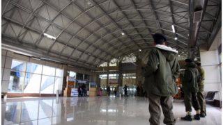 श्रीनगर एयरपोर्ट पर जवान हैंड ग्रेनेड के साथ गिरफ्तार, फ्लाइट से जा रहा था दिल्ली