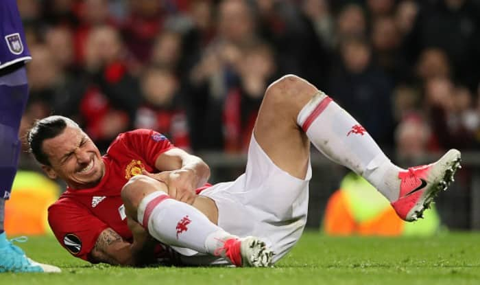 Zlatan Ibrahimovic of Manchester United lies injured. (Getty Image)