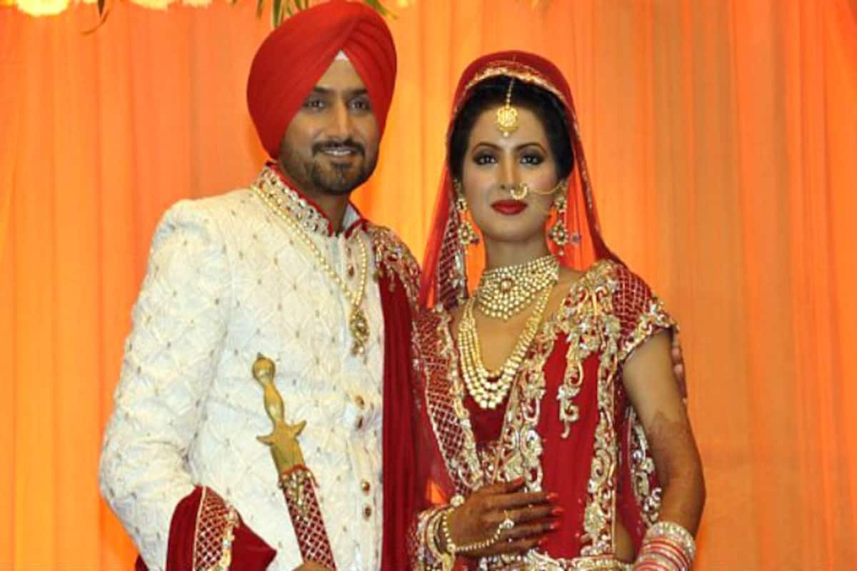 Punjabi Bridal Makeup And Hairdo Step By Step Guide To Get The