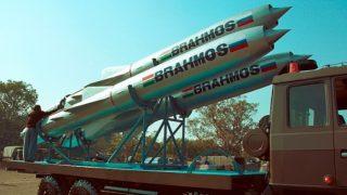 सुखोई-30 में लोड हुई ब्रह्मोस सुपरसोनिक मिसाइल, लाइव ट्रायल के लिए तैयार