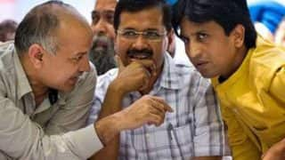 AAP peace deal: Kumar Vishwas made Rajasthan in-charge, Amanatullah Khan suspended from primary leadership
