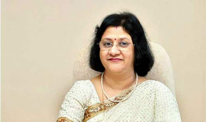 India's Economy to Rebound in Coming Quarters: SBI Chief ...