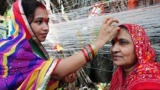 Vat Savitri vrat 2020 Significance: आज है वट सावित्री व्रत, जानें क्या है इस दिन का महत्व