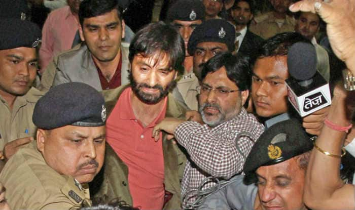 Separatist leader Yaseen Malik under house arrest