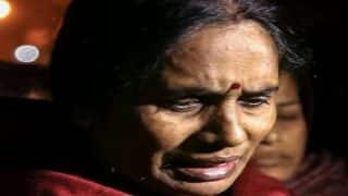 What About My Rights? Nirbhaya's Mother Breaks Down Inside Court As Hearing For Fresh Date of Execution is on