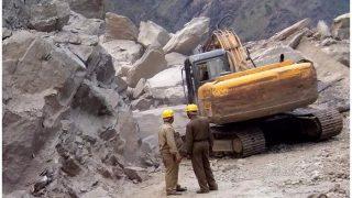 24 घंटे बाद खुला ऋषिकेश-बदरीनाथ हाईवे, वाहनों की आवाजाही शुरू