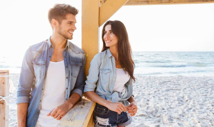 These 5 zodiac signs have mastered the art of flirting!