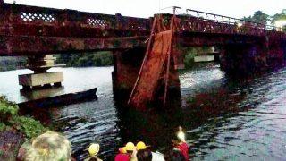 Goa bridge collapse: Onlookers watching suicide bid fall into river as Portuguese era footbridge collapses; 2 dead, several missing