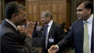 Indian official responds to Pakistani Diplomat's handshake with a Namaste! See Picture from Kulbhushan Jadhav case hearing
