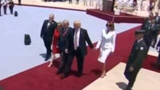 Melania Trump swats away US President Donald Trump's hand, Twitterati loves the rebuke (Watch video)