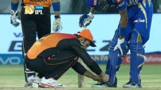 IPL 2017: शानदार गेंदबाजी के बाद मोहम्मद नबी ने इस बेहतरीन काम से जीता सबका दिल!