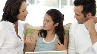 Parenting Tips: बच्चों से बढ़ रही है दूरी तो उन्हें बनाएं अपना दोस्त, अपनाएं ये टिप्स रिश्ता बनेगा मजबूत