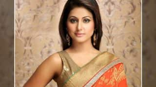 Hina Khan's emotional message for a special someone is a must read!