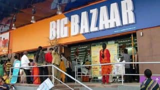 Should You Pay for Carry Bag? Rs 11,500 Fine Imposed on Big Bazaar For Charging Rs 18 For Carry Bag