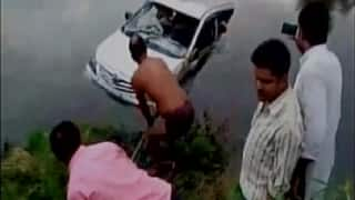 Uttar Pradesh: Ten killed after car plunges into river in Mathura