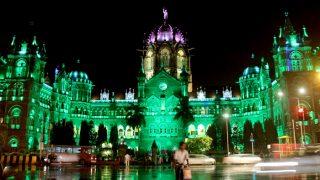 Mumbai CST station says Eid Mubarak, gets illuminated in green light for the festival!