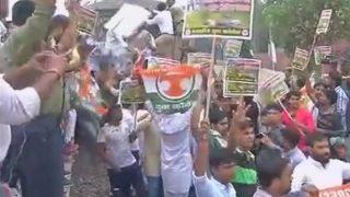 Youth Congress carries out 'rail roko' protest at Delhi's Tilak Bridge against Mandsaur farmer killings