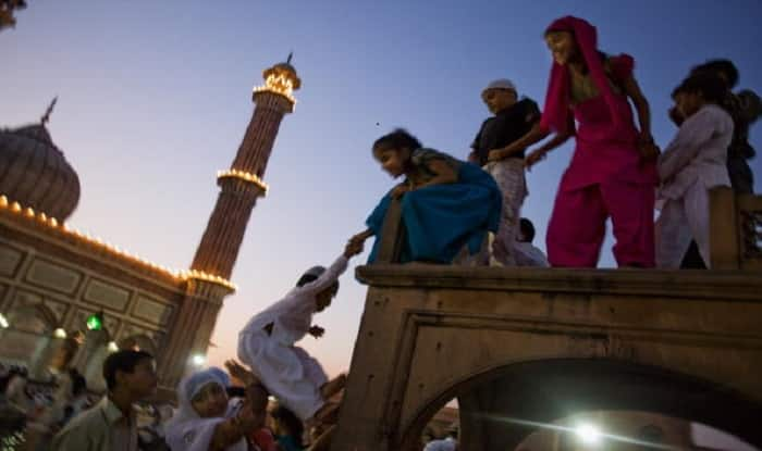 It's official! Eid al-Fitr 2017 is on June 26 in India